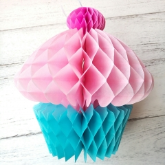 Umiss honeycomb cupcake